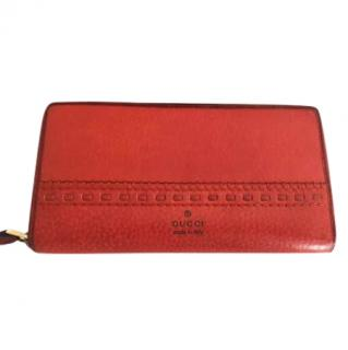 GUCCI orange wallet