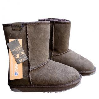EMU Australia sheepskin short boots