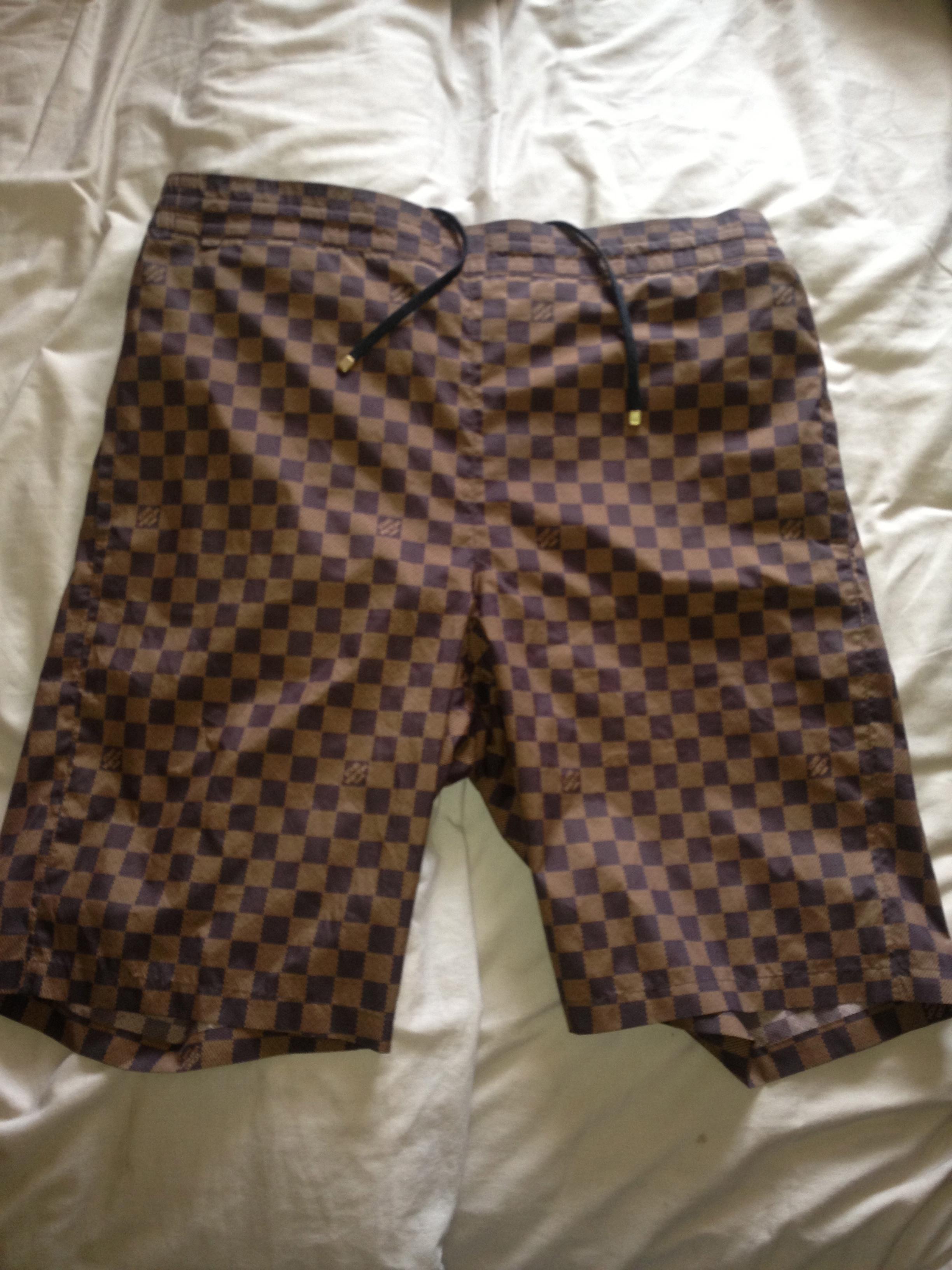 f7041c389e68 Louis Vuitton Damier Shorts