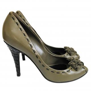 Bottega Veneta Olive leather court shoes