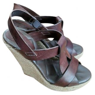 Burberry brown leather wedges