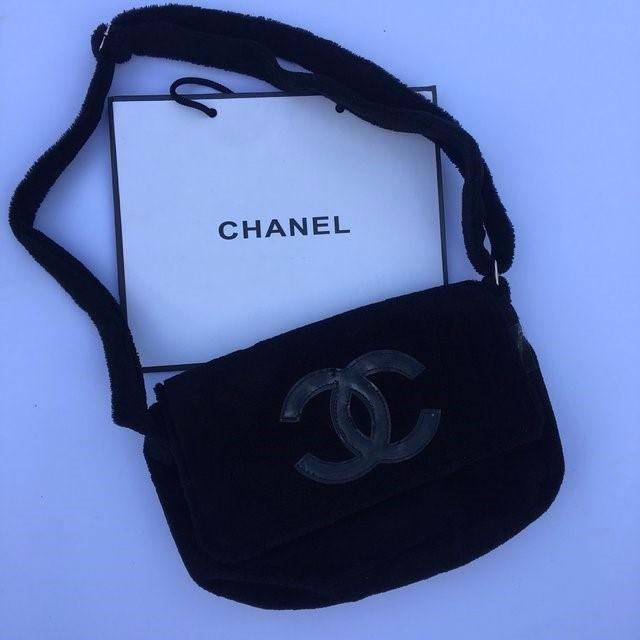 Chanel VIP fluffy bag. 21. 123 05cf8f160bfb7