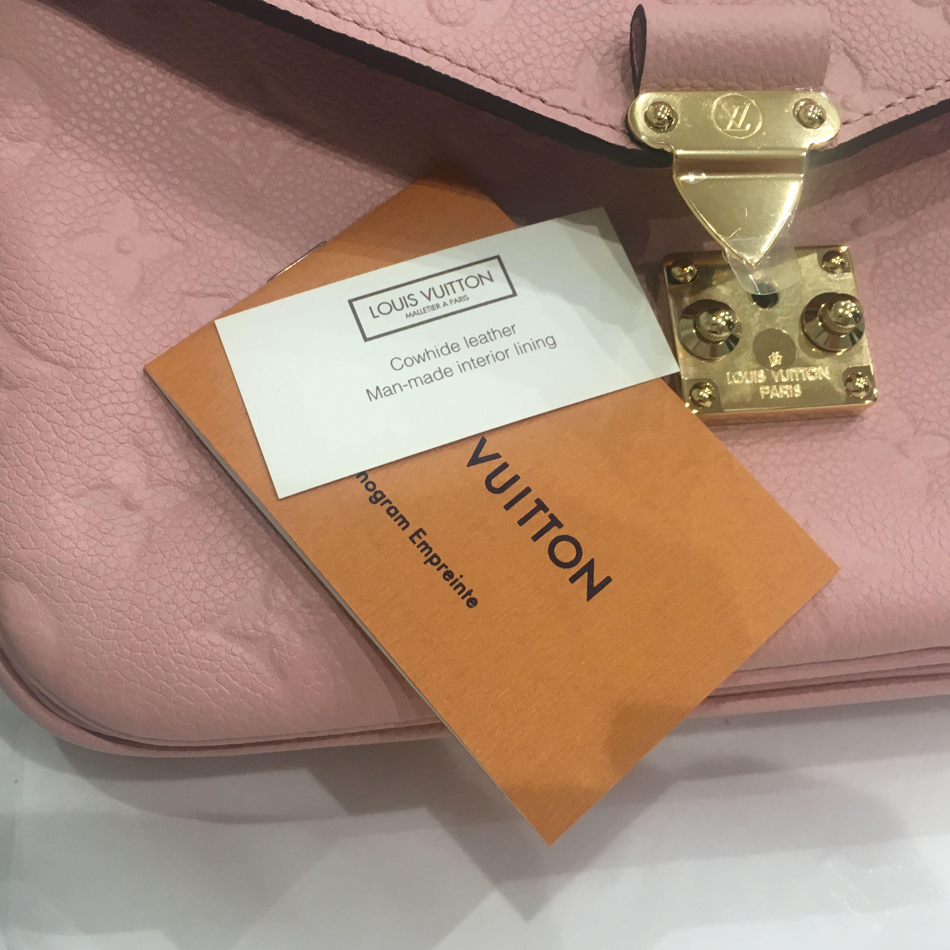 e9e84d956019 Louis Vuitton Baby Pink LV Pochette Metis. 21. 123456789