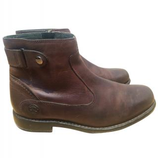 Burberry men's brown leather boots