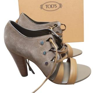 Tod's Camel Suede/Leather Heels