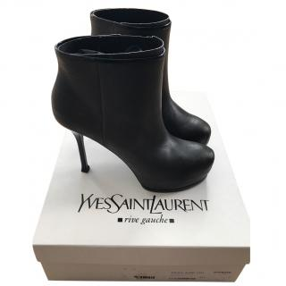 Yves Saint Laurent Trib Too Leather Ankle Boots