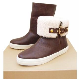 Burberry shearling lined boots