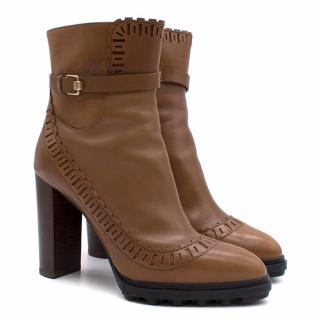 Tod's Tan Ankle Boots