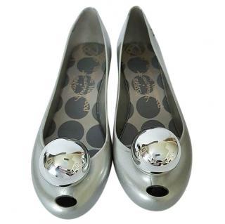 Vivienne Westwood Ultragirl 18 Silver Globe Flats