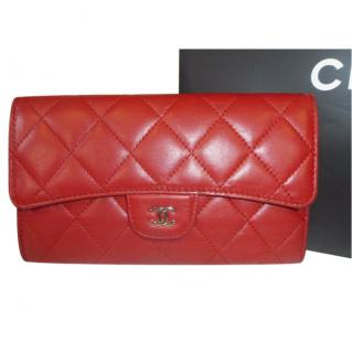 Chanel Red red quilted lambskin long tri-fold snap wallet
