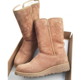 Ugg Amie Wedge boots