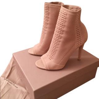 Gianvito Rossi Vires Praline Boots