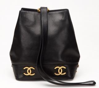 1994 Chanel Black Lambskin Vintage Bucket Bag