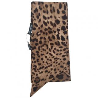 Dolce & Gabbana Leopard Print Wool Scarf