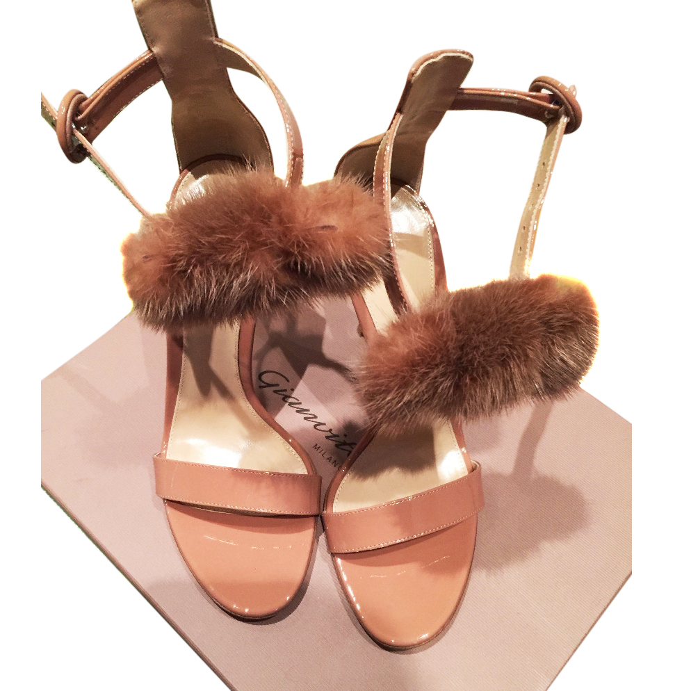 Gianvito Rossi Brigitte sandals with Mink fur signed by designer