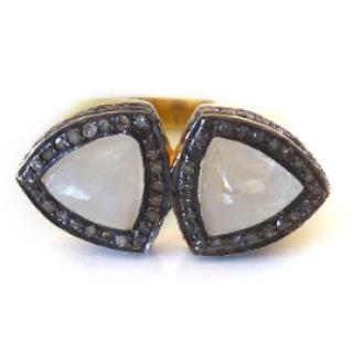 ASSYA Double Pyramid Ring