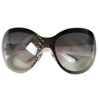 CHANEL silver & white quilted frame sunglasses 4165