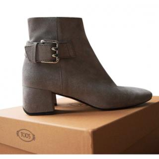 TOD'S BUCKLED SUEDE ANKLE BOOTS