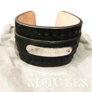 Alexander McQueen leather cuff unisex
