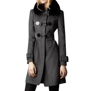 Burberry wool/cashmere fur collar  Coat