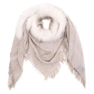 Gucci Beige Scarf with Fur