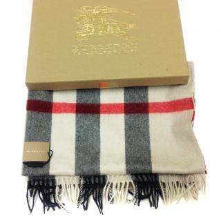 Burberry mega heritage stone check scarf