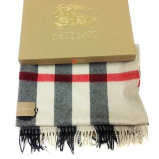 Burberry mega heritage stone check scarf