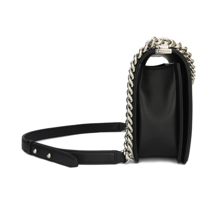0c4b815afc0e Chanel New Medium Boy Black Calfskin Chevron Shiny Silver Hardware ...