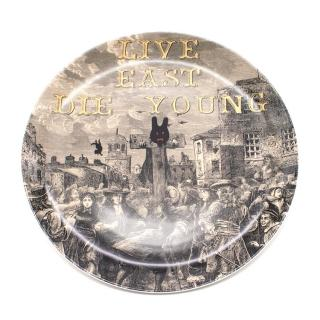 Royal Doulton 'Pure Evil in the Pillory' Plate