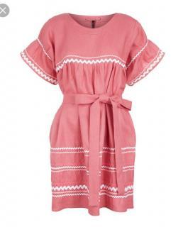 Lisa Marie Fernandez pink embroidered linen summer beach dress