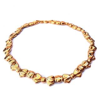 NINA RICCI Vintage Gold Tone Metal Bow necklace.