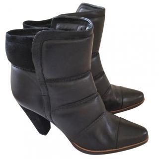 Chloe Black Puffer Boots