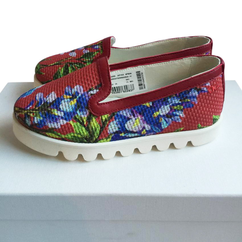 Dolce and Gabbana red floral slip on shoes 28 UK10