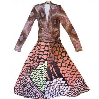 Issa printed 100% silk long sleeve v neck knee length dress