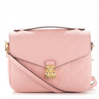 Louis Vuitton Pochette Metis rose poudre