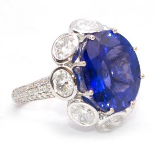 Bespoke 11.5 Carat Tanzanite and Diamond Cluster White Gold Oval Ring
