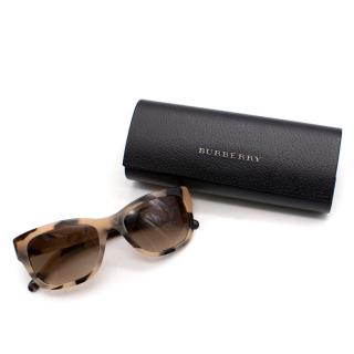 Burberry Marble Patterned Sunglasses