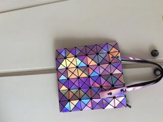 Issues Miyake Iridescent Prism Tote bag