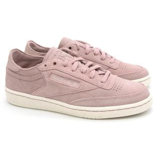 new style 81890 6410f Reebok Pink Suede Trainers