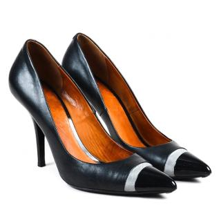 Givency black leather pumps