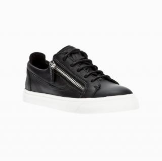 Giuseppe Zanotti Classic Black low top black trainers