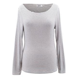 Frame modal blend dark navy and white striped top