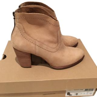 Ugg Charlotte Ankle Boots