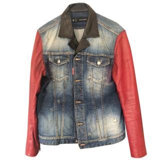 Squared red sleeved denim jacket