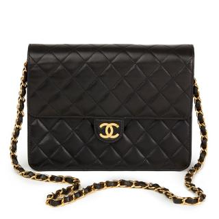 Chanel Vntage iBlack Quilted Lambskin Small Classic Single Flap Bag