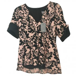 Mulberry pink and black printed top