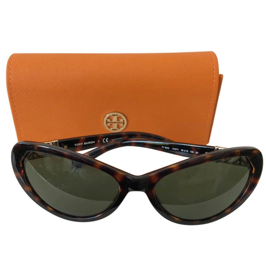 b9446044eb26 Tory Burch Tortoiseshell Cat Eye Sunglasses