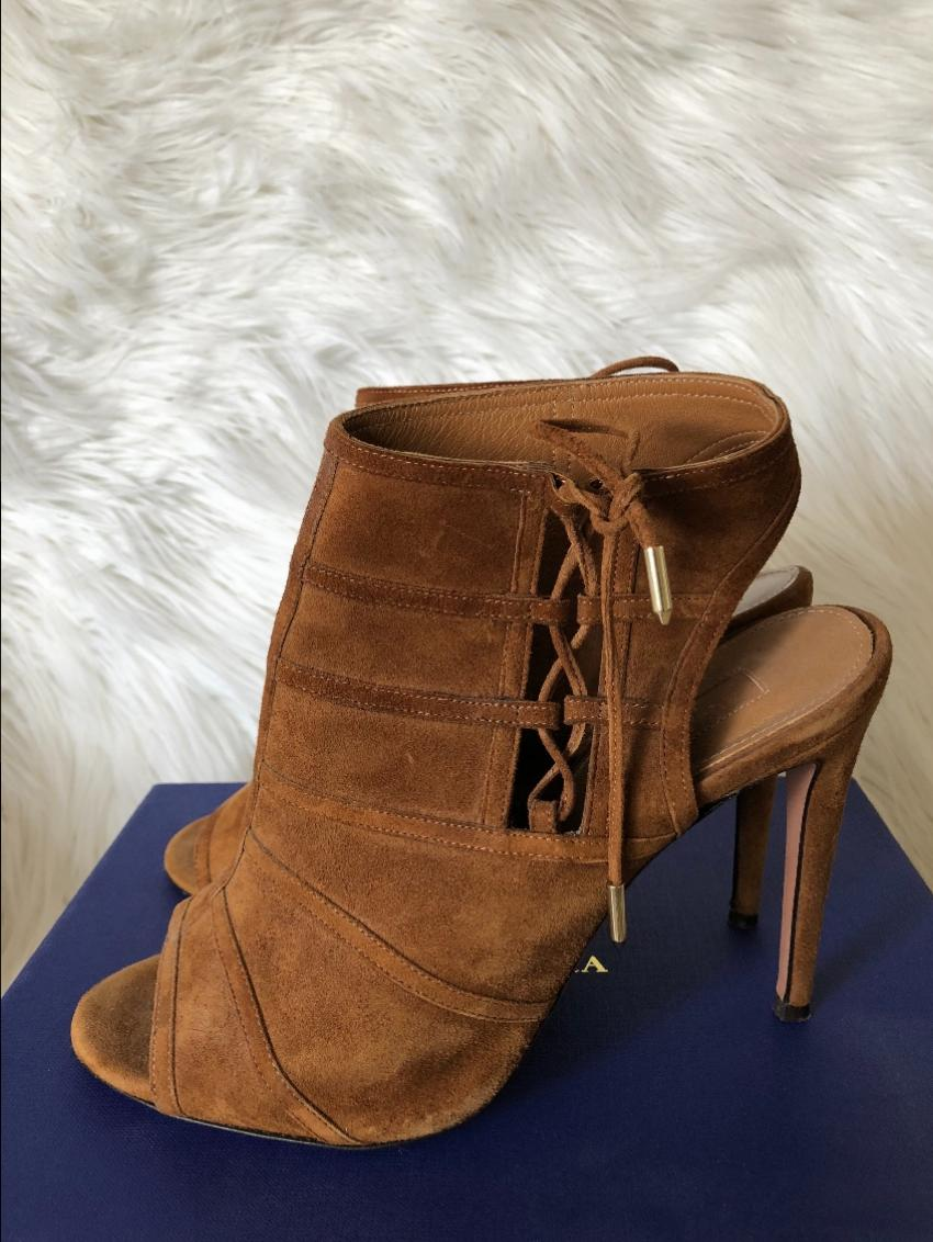 2ab09c04dfcb23 Aquazzura Tan Suede Sandals