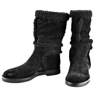 Louis Vuitton black shearling short boots