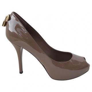 Louis Vuitton taupe patent peep toe Shoes